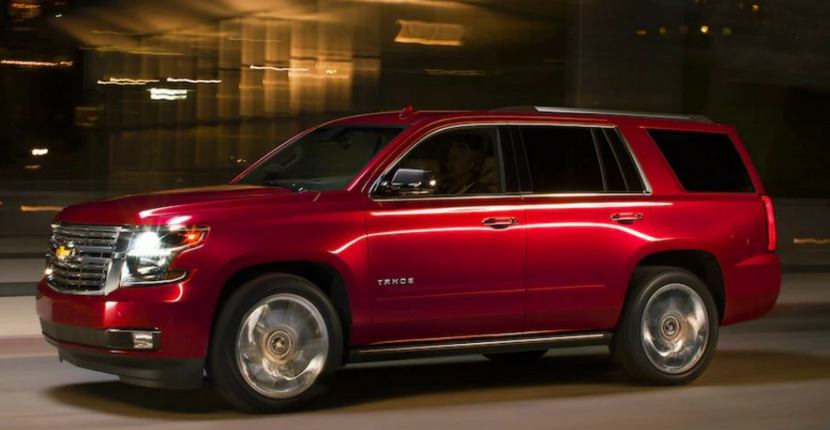 How The 2018 Chevrolet Tahoe Compares Against The 2018 GMC Yukon